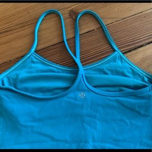 Lululemon Power Y Tank in bright teal/blue size 6!